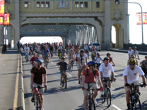 Vancouver city council mulls car-free Sundays