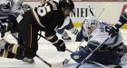 Ducks dump on Canucks