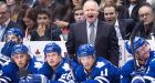 Randy Carlyle staying as Maple Leafs head coach