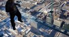 Willis Tower's glass floor CRACKS under tourists' feet
